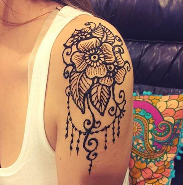 A heavenly shoulder mehendi design for girls