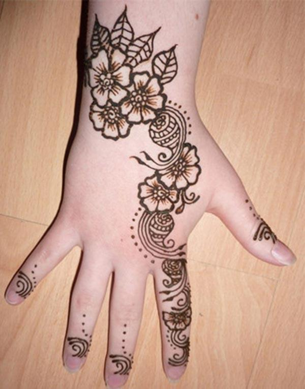 Pretty floral backhand mehndi design