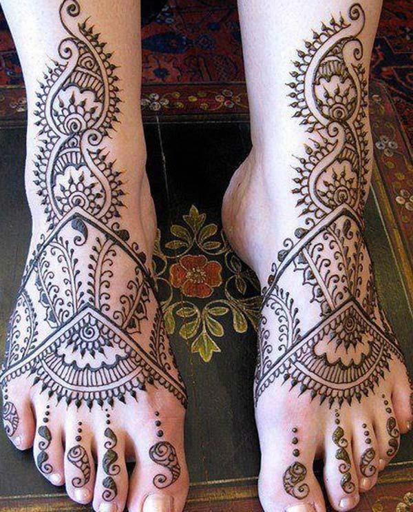 paisley patterns mehndi design for feet