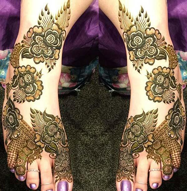 floral mehndi design for feet