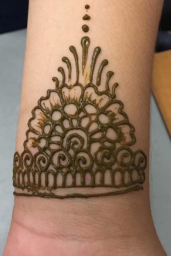 bracelet mehndi design for wrist