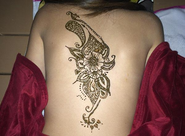 flower mehendi design for back