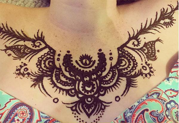 unique dark mehndi design for chest