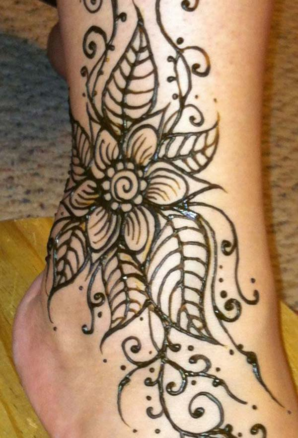 modern mehendi design for ankle