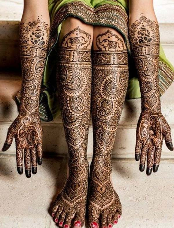 symmetric traditional mehendi design for bride bridal