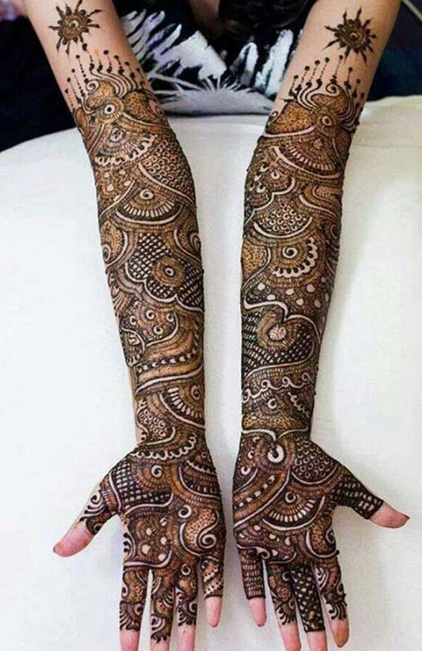 traditional mehendi design for bride bridal