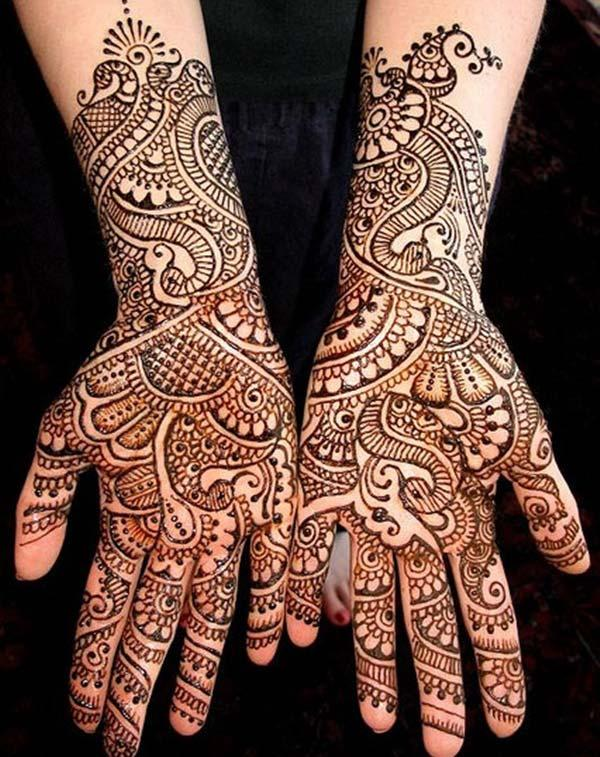 paisley pattern mehndi design for bride bridal
