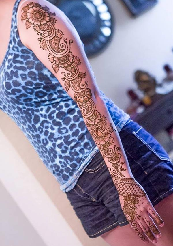 beauty enhancing mehndi design for full arm