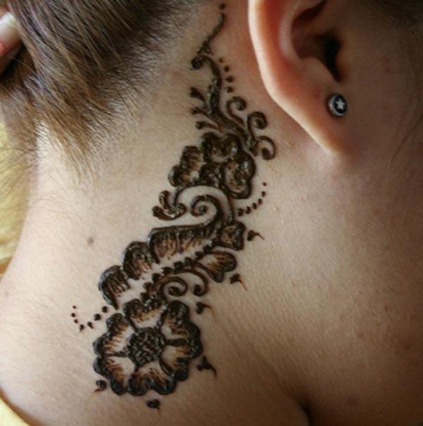 flowers mehendi design for neck