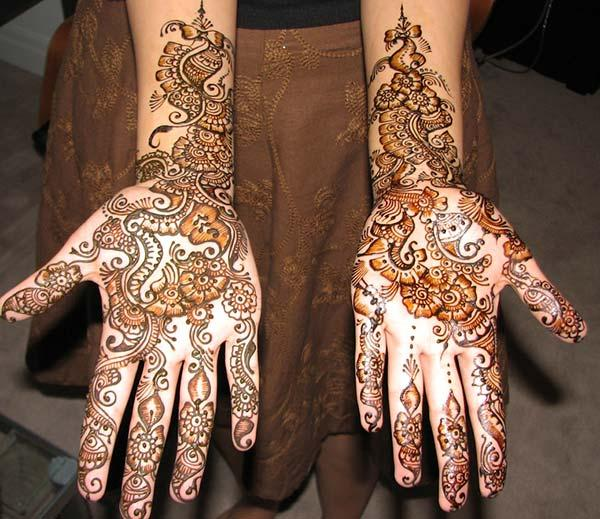 flowers and curly mehndi design for palm-palms