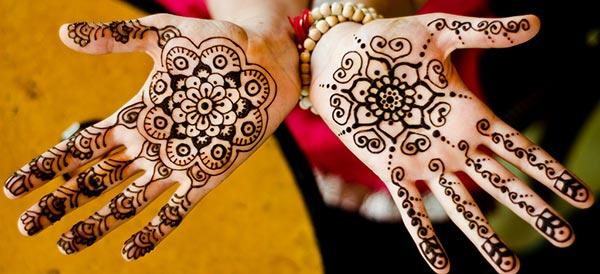 modern mehndi design for palm palms