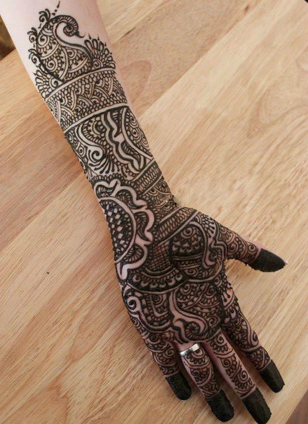 paisleys mehndi design for palm-palms