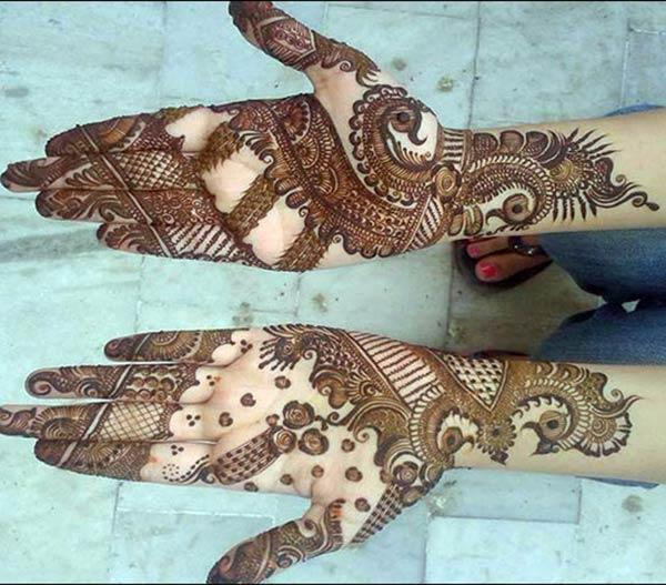peacock mehndi design for palm-palms
