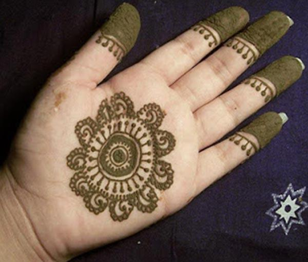motif mehendi design for palm-palms