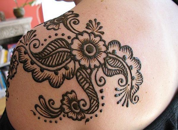 flower and artistic leaves mehndi design for shoulder
