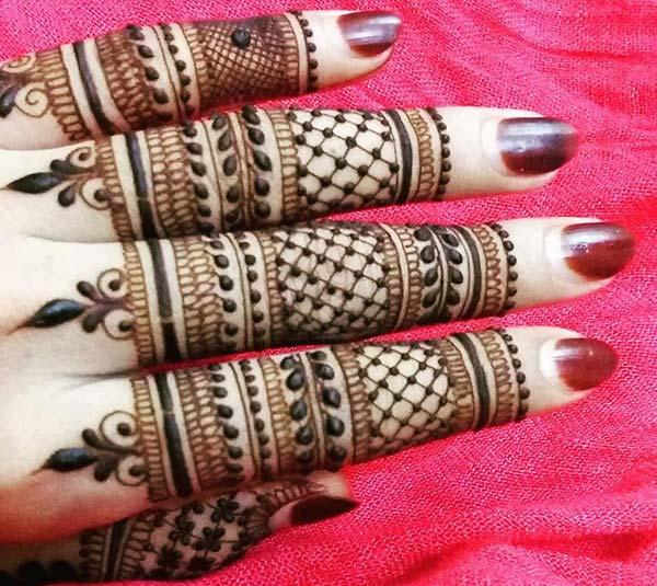 Awesome finger mehendi design