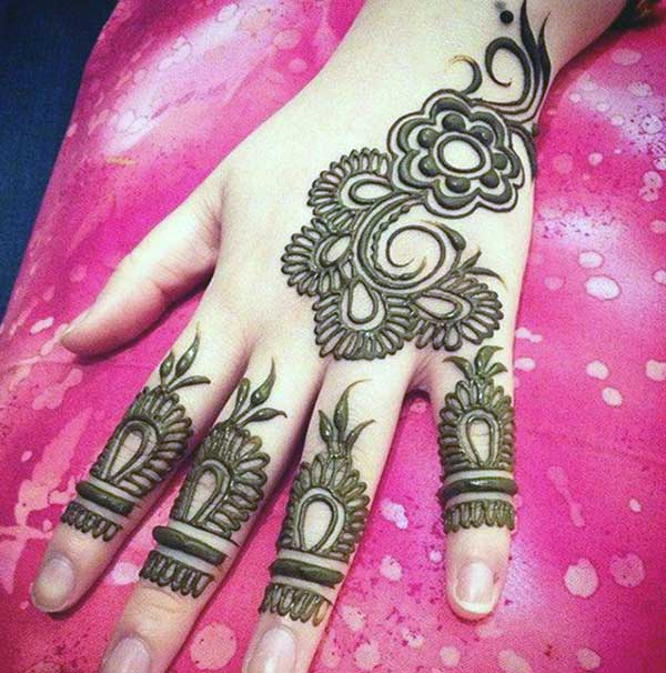 enchanting floral finger mehendi design