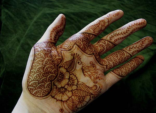 Floral and Paisley Mehndi Design on Palm