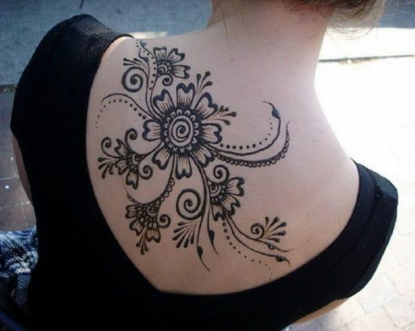 floral vine Mehendi design on back