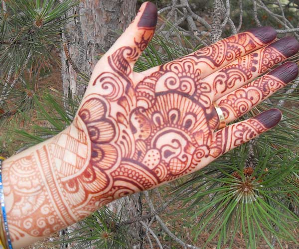 Full Palm Mehendi Design Ideal