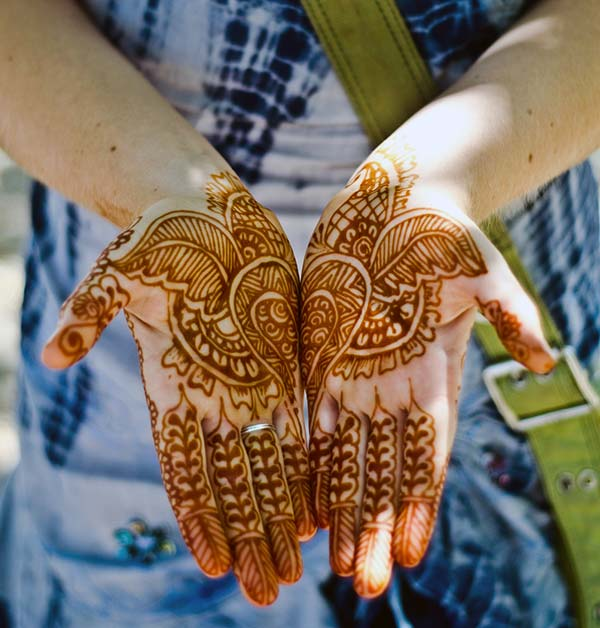 Palm Mehndi Design of Leaves and Flowers Ideal